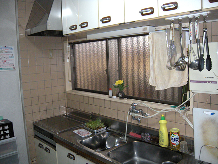 20130118yoshihara-kitchen-before .jpg