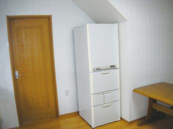 キッチン改修をきっかけに内装も。便利空間に。