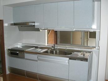 何もなかった空間にキッチンを新設。