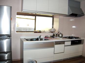 大容量のキッチンで出し入れが楽になりました。