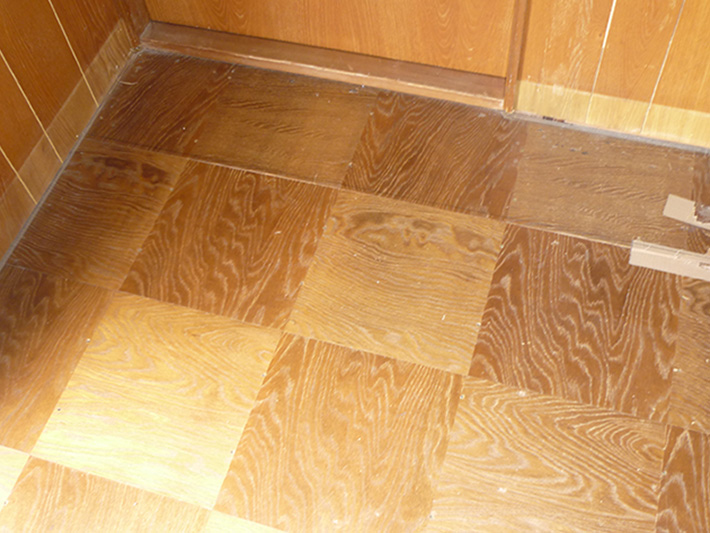 saeki-yuka-flooring-before.JPG