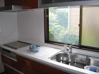 いずれオール電化に…。キッチンの移設改修。