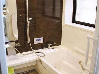 浴室暖房乾燥機が付いて冬場でもあたたかく。