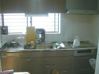 奥様の嬉しいがたくさん詰まったキッチンに。