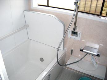 高断熱浴槽でお湯も冷めにくくなりました。