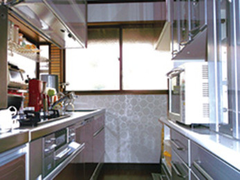 幅60cmでも快適。念願のキッチン改装。築28年を超えた住宅のリフォーム施工例。